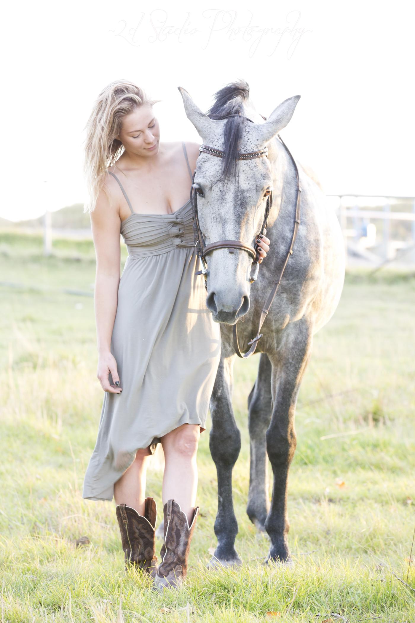 Horse_Portrait_Senior_Session_Lethbridge