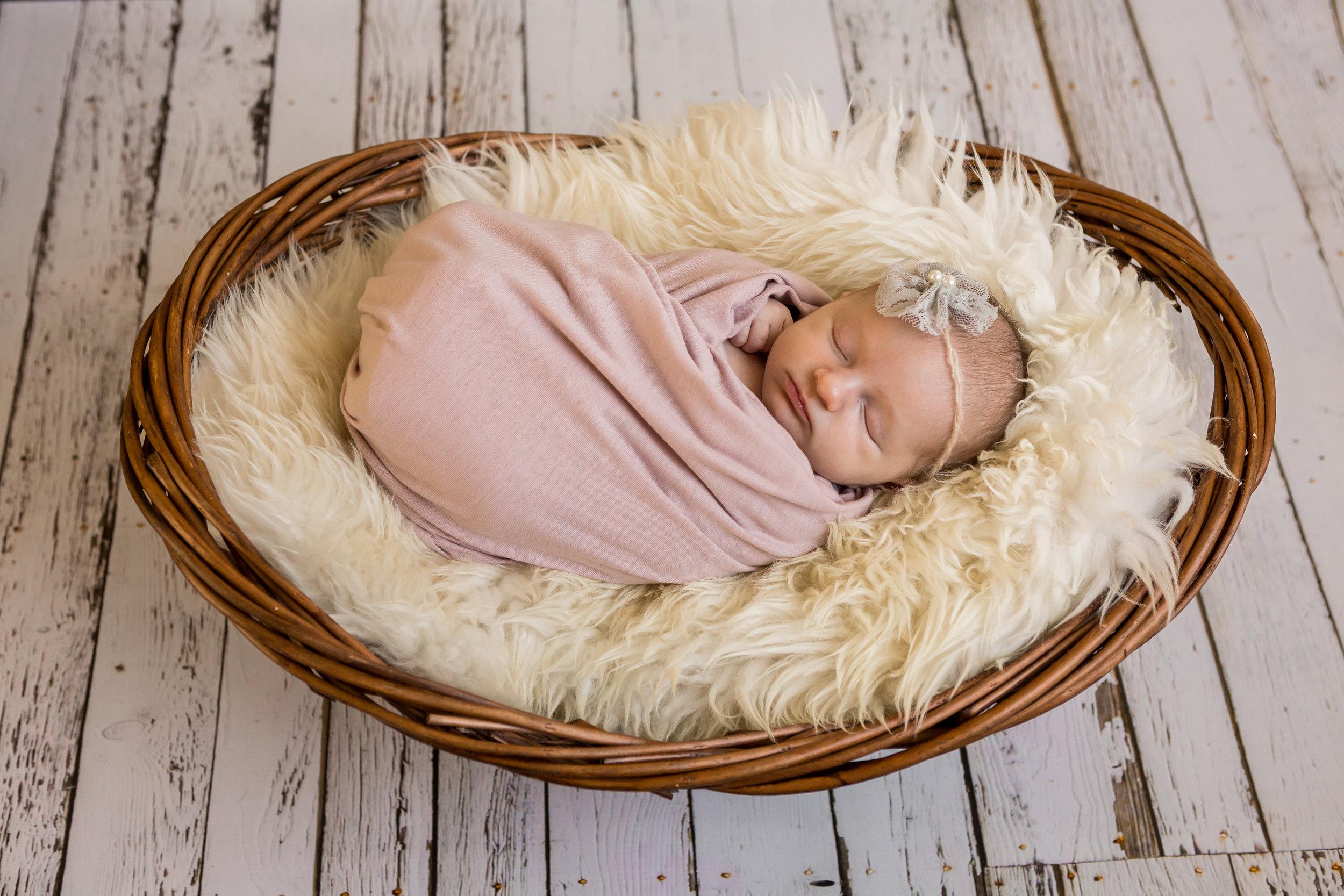 Newborn_Photographer_Lethbridge
