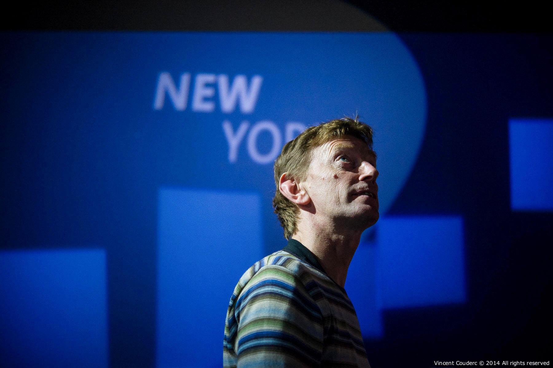 Eric Valentin, directeur technique  Exposition sur le travail du photographe Henri Dauman Palais d'Iéna,Paris, 2014.   www.manhattan-darkroom.com