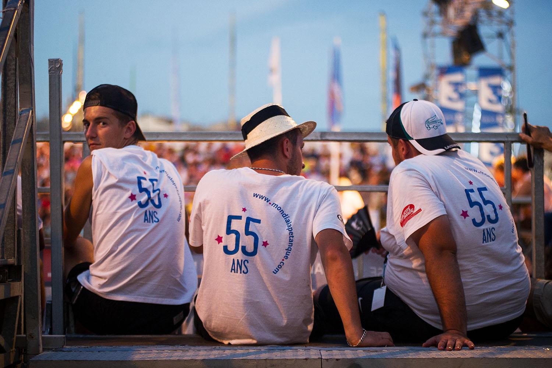 Le staff  55ème Mondial la Marseillaise à Pétanque. Sur le vieux port de Marseille, 2016.   www.mondialapetanque.com