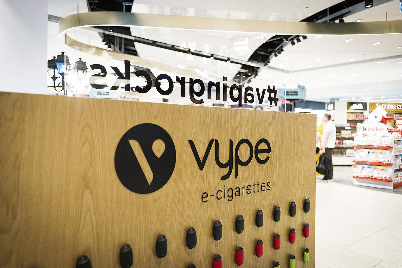 Lancement de la cigarette électronique Vype du groupe British American Tobacco  Terminal 3 Rome Fiumicino