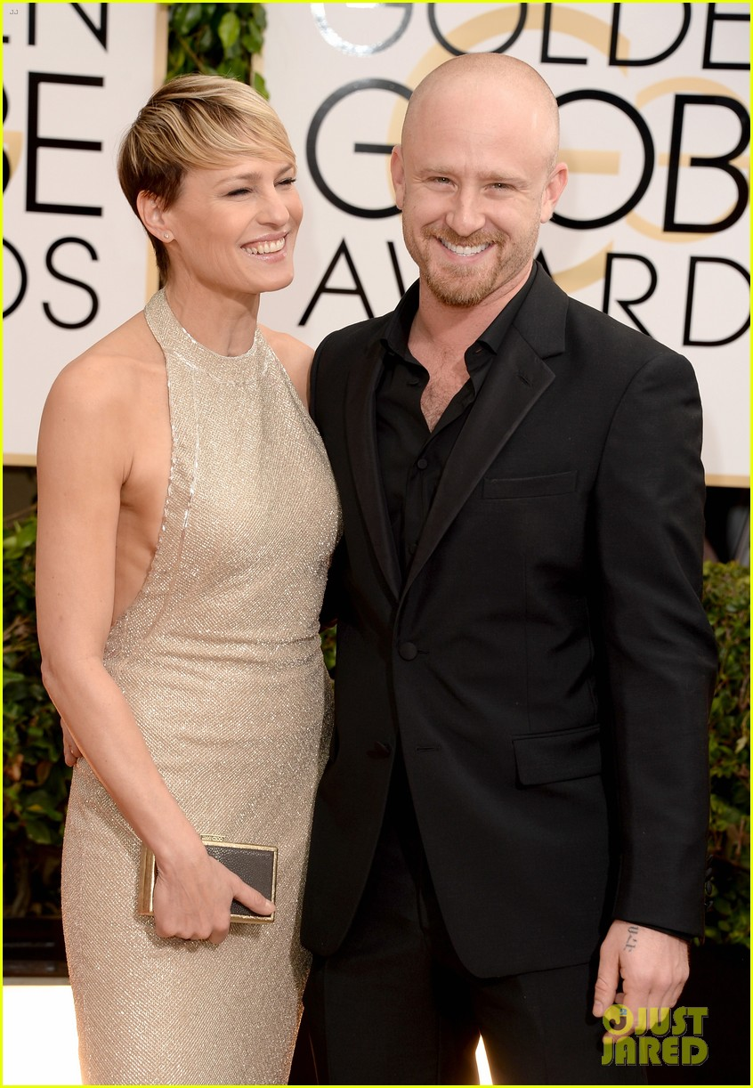 ben-foster-robin-wright-golden-globes-2014-red-carpet-02.jpg