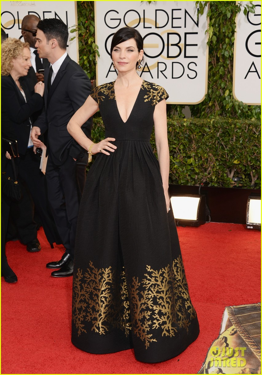 julianna-margulies-golden-globes-2014-red-carpet-03.jpg