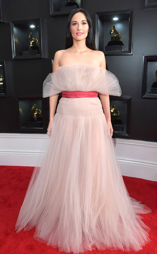 rs_634x1024-190210155547-634-2019-grammy-awards-red-carpet-fashions-kacey-musgraves.cm.21019.jpg