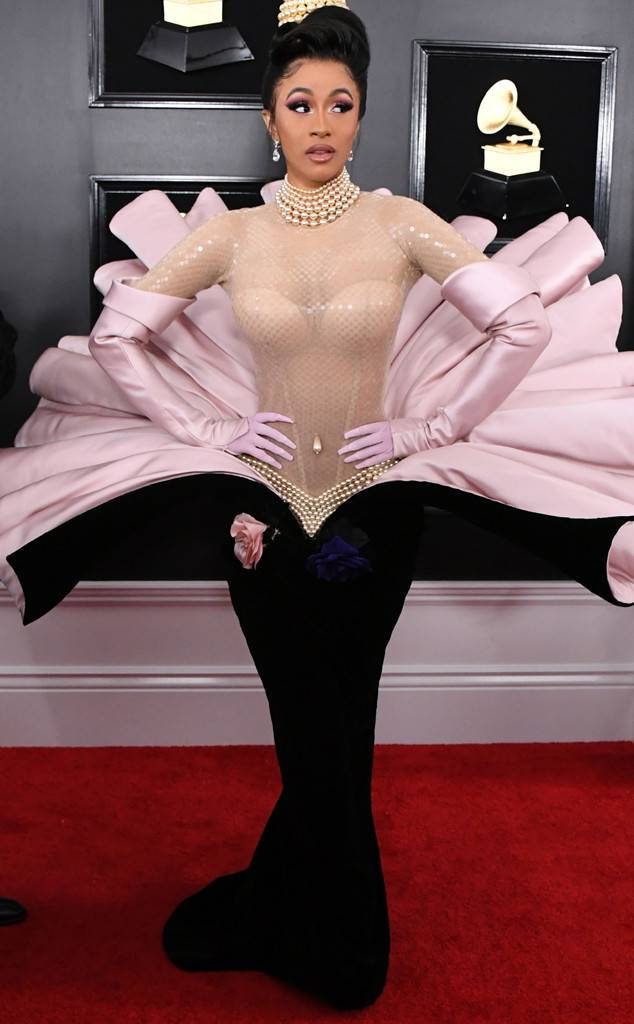 rs_634x1024-190210165612-634-2019-grammy-awards-red-carpet-fashions-cardi-b.jpg