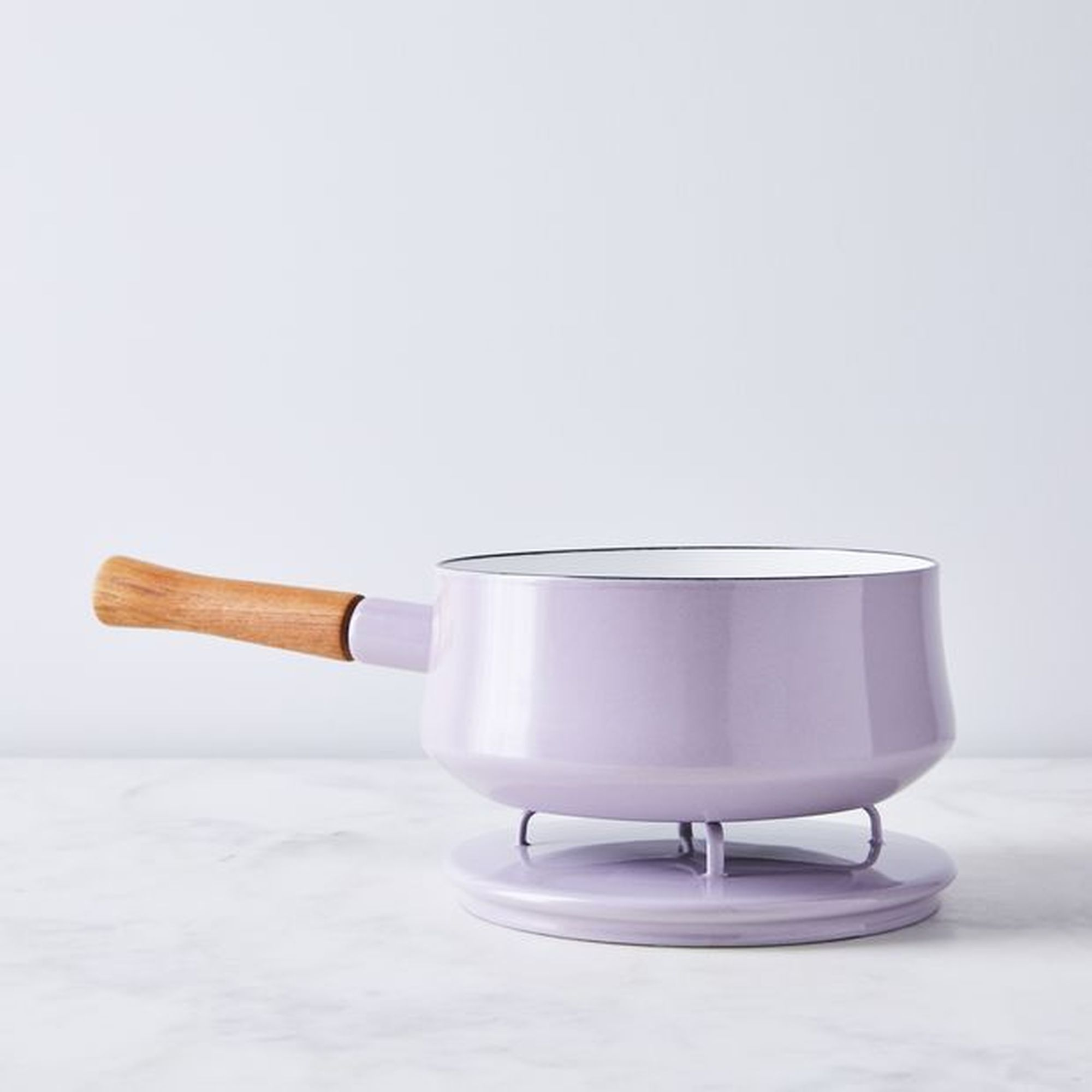 78e11a11-0b6a-463a-b8ed-85b3b335e32b--2019-0221_dansk_limited-edition_kobenstyle-pastels_lavender-2-quart-saucepan-with-lid_silo_ty-mecham_002_1-.jpg
