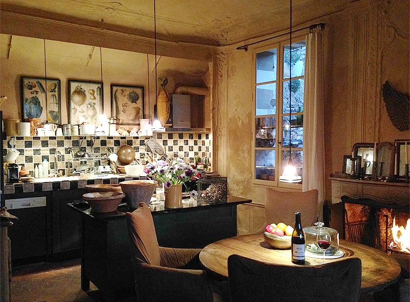 marston-house-france-3bed-kitchen.jpg