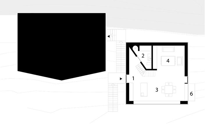 Erdgeschoss . Piano terra . First floor