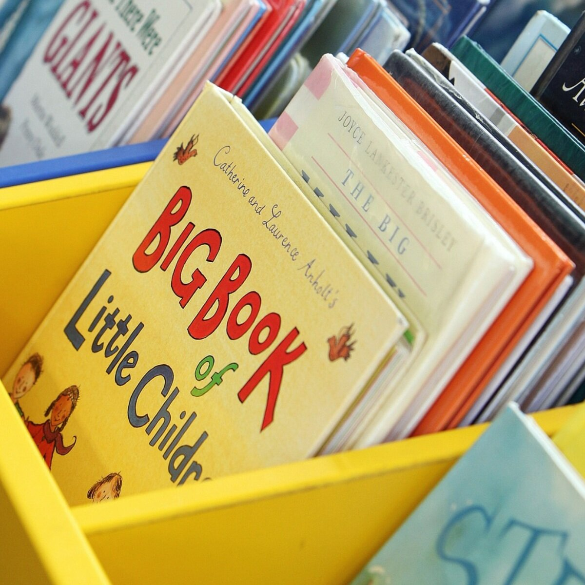 sTORY hoUR - Open to children 0-5 years of age