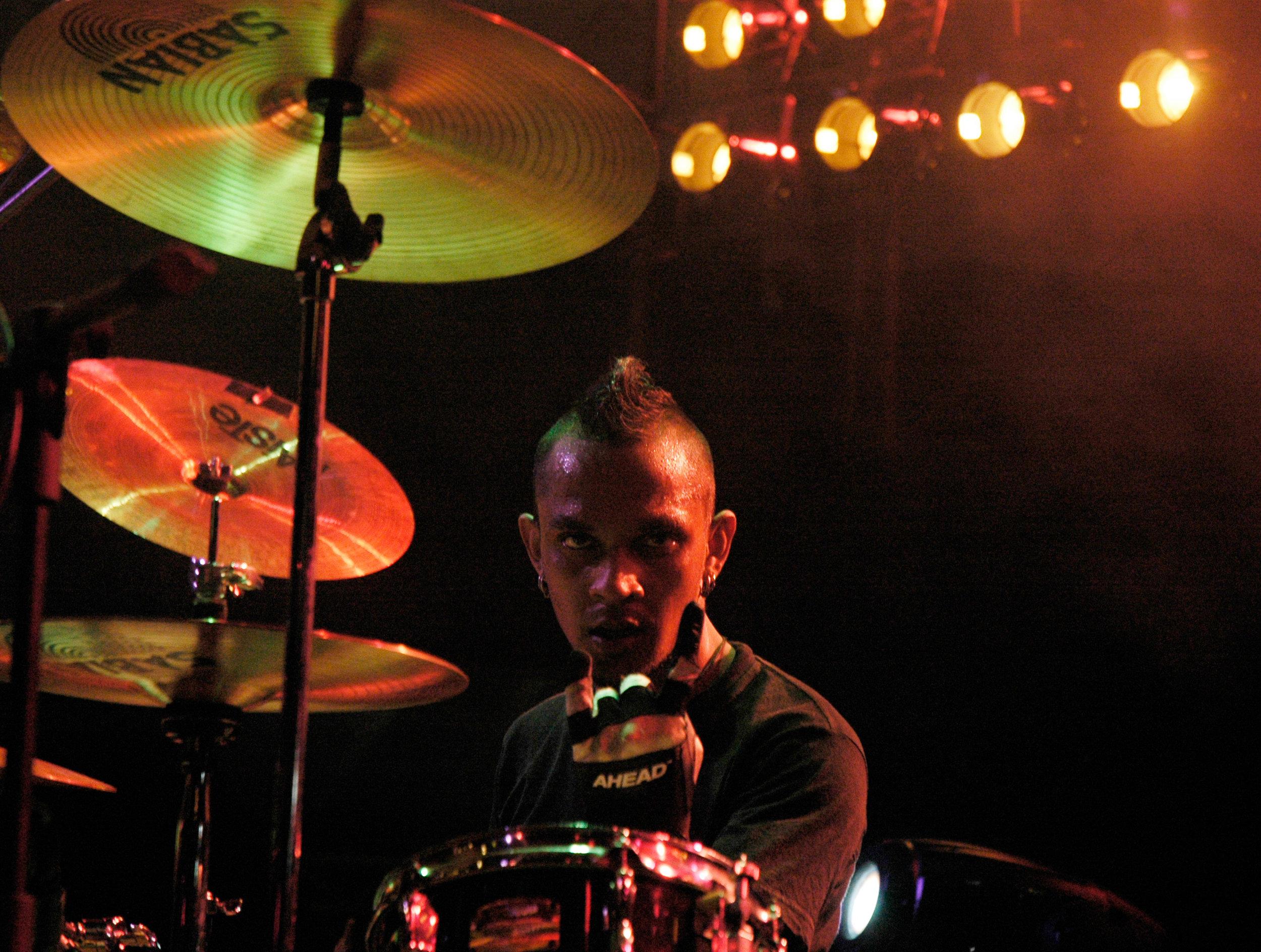 2007-08-10 - Male' City - RockStorm Painted Live - D70s--7.jpg