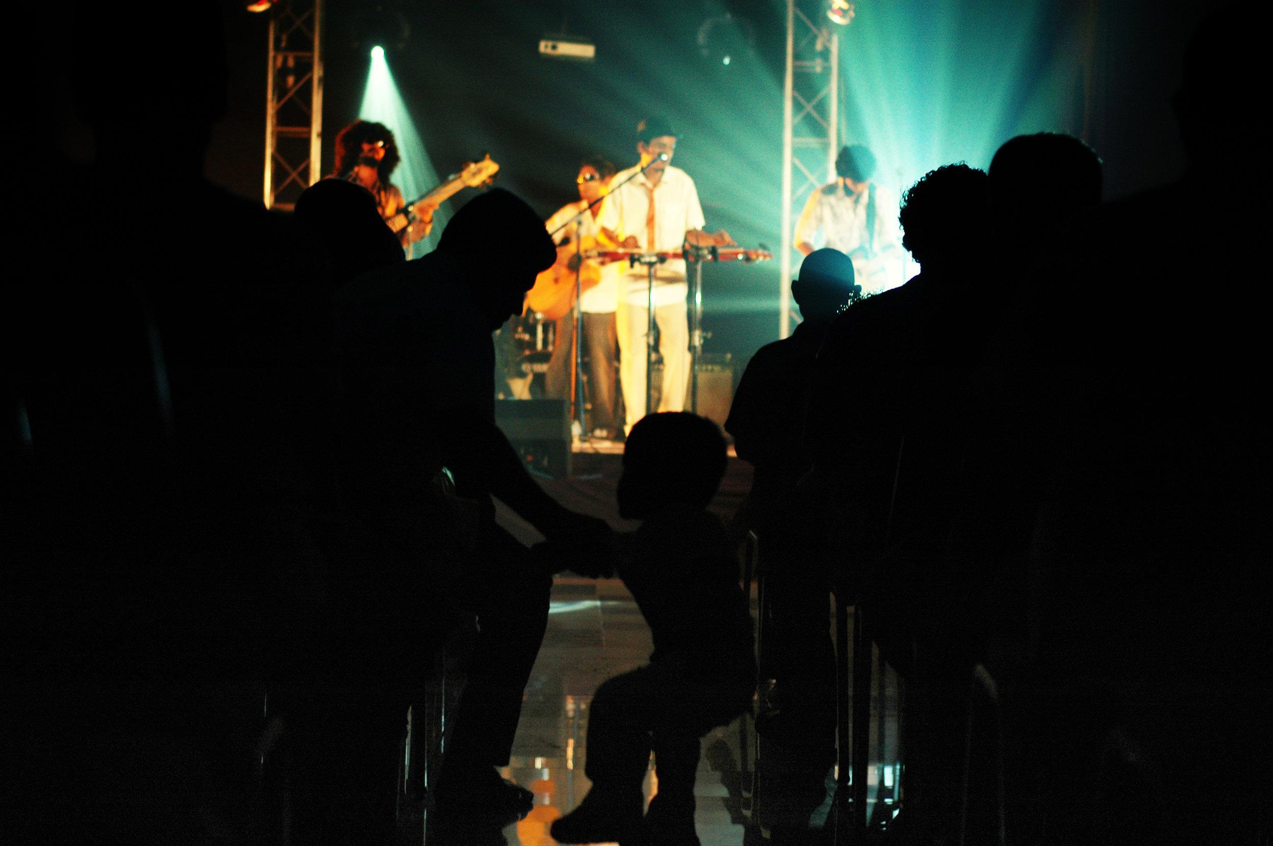 2009-08-19 - Male' City - Dharubaaruge' - Eku Ekee Album Launch - D70s--6.jpg