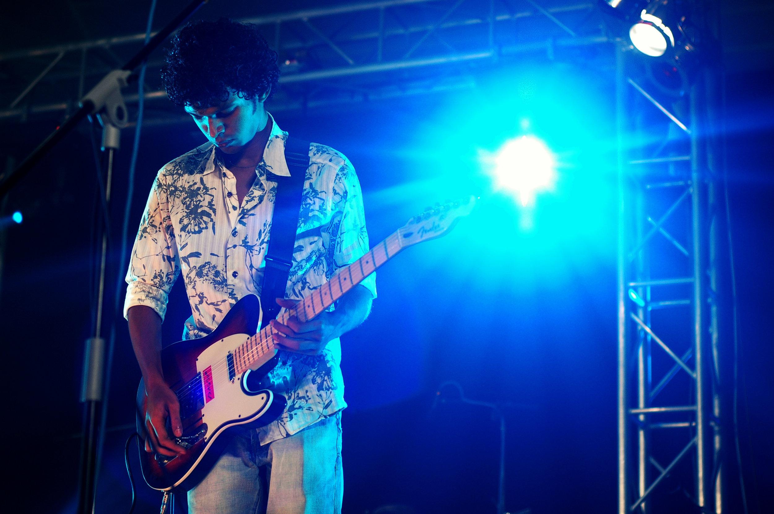 2009-08-19 - Male' City - Dharubaaruge' - Eku Ekee Album Launch - D70s-7884.jpg