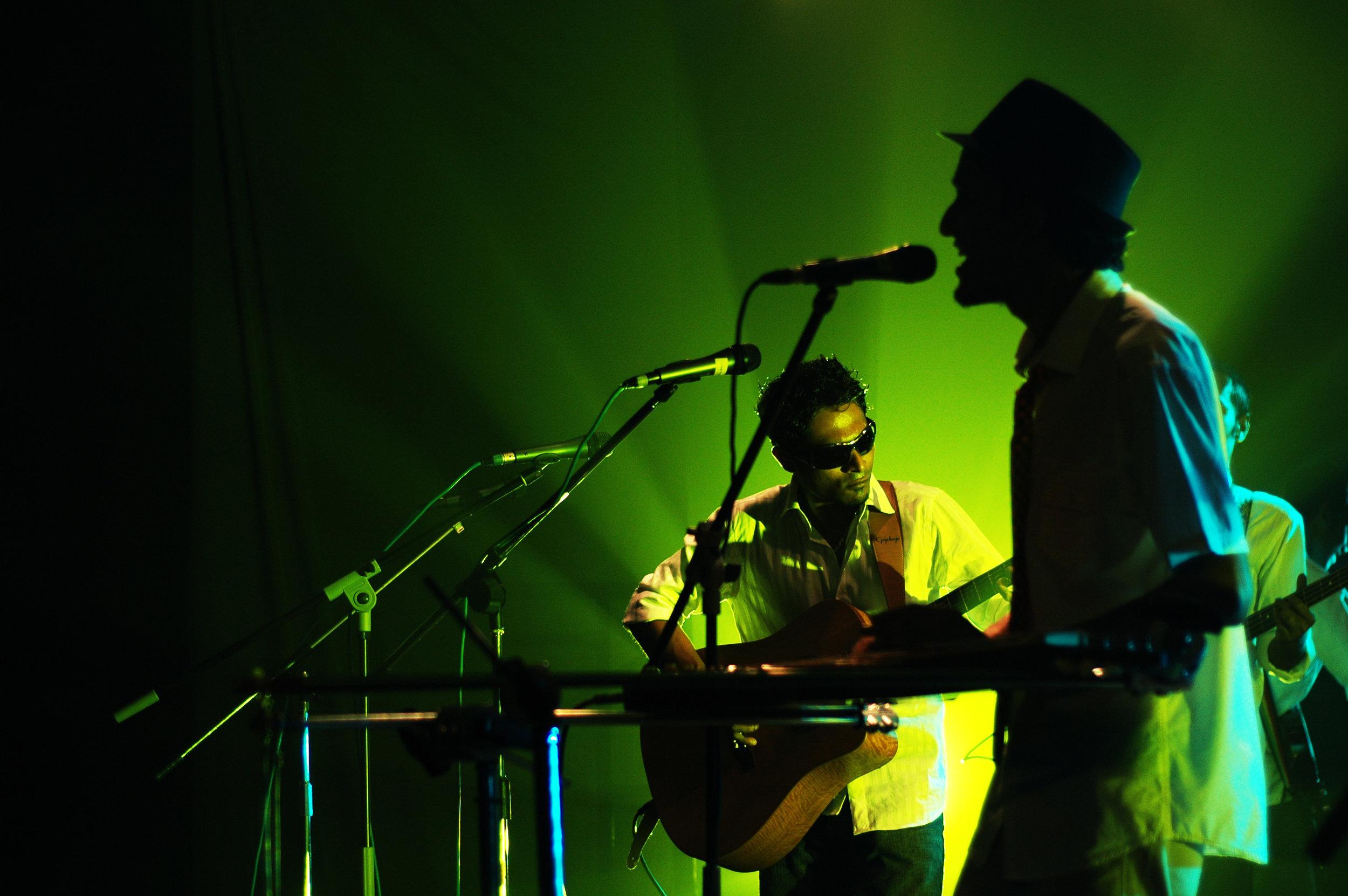 2009-08-19 - Male' City - Dharubaaruge' - Eku Ekee Album Launch - D70s-7973.jpg