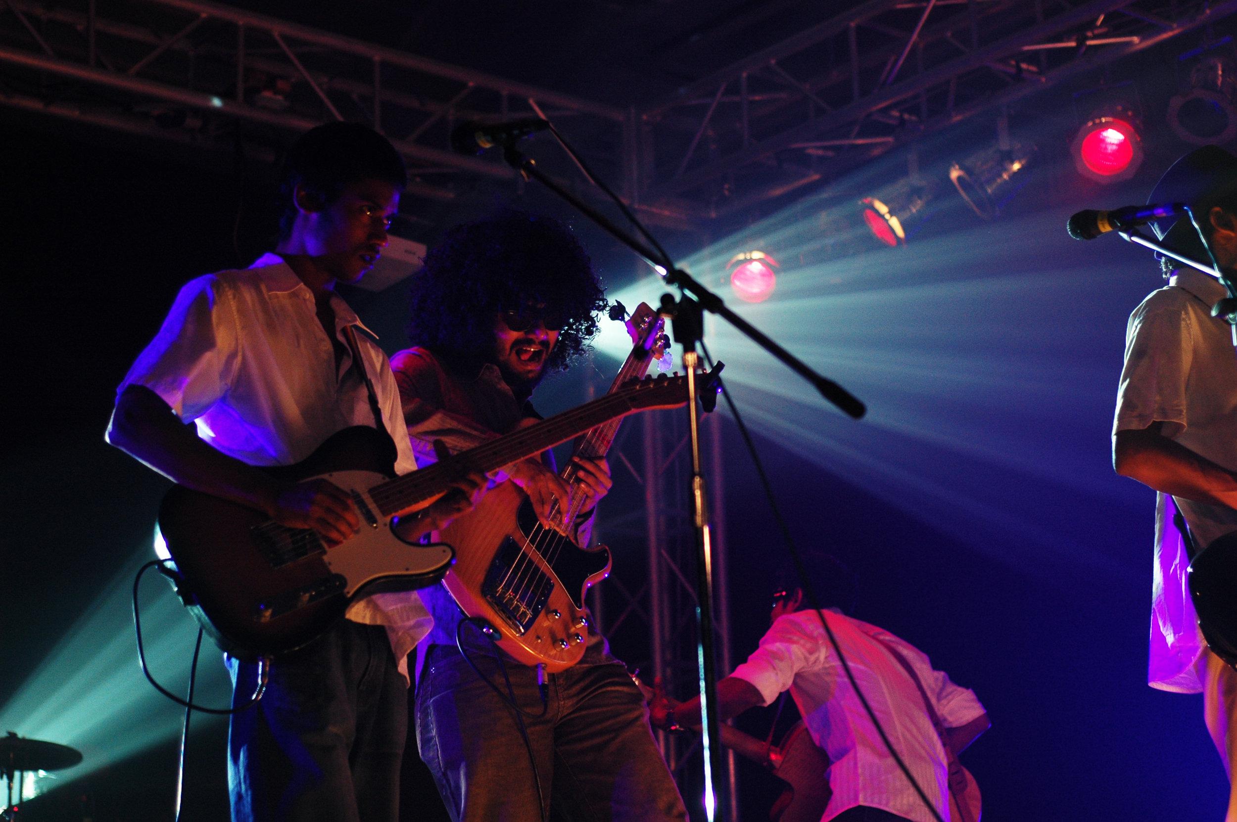 2009-08-19 - Male' City - Dharubaaruge' - Eku Ekee Album Launch - D70s-8012.jpg