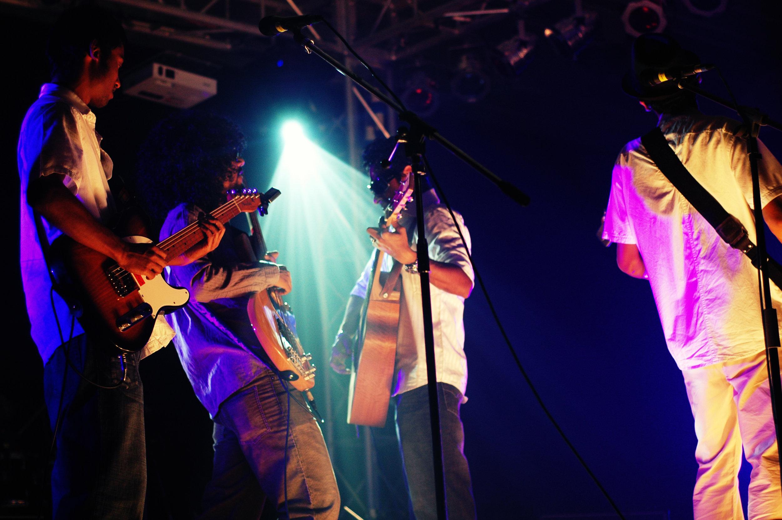2009-08-19 - Male' City - Dharubaaruge' - Eku Ekee Album Launch - D70s-8017.jpg