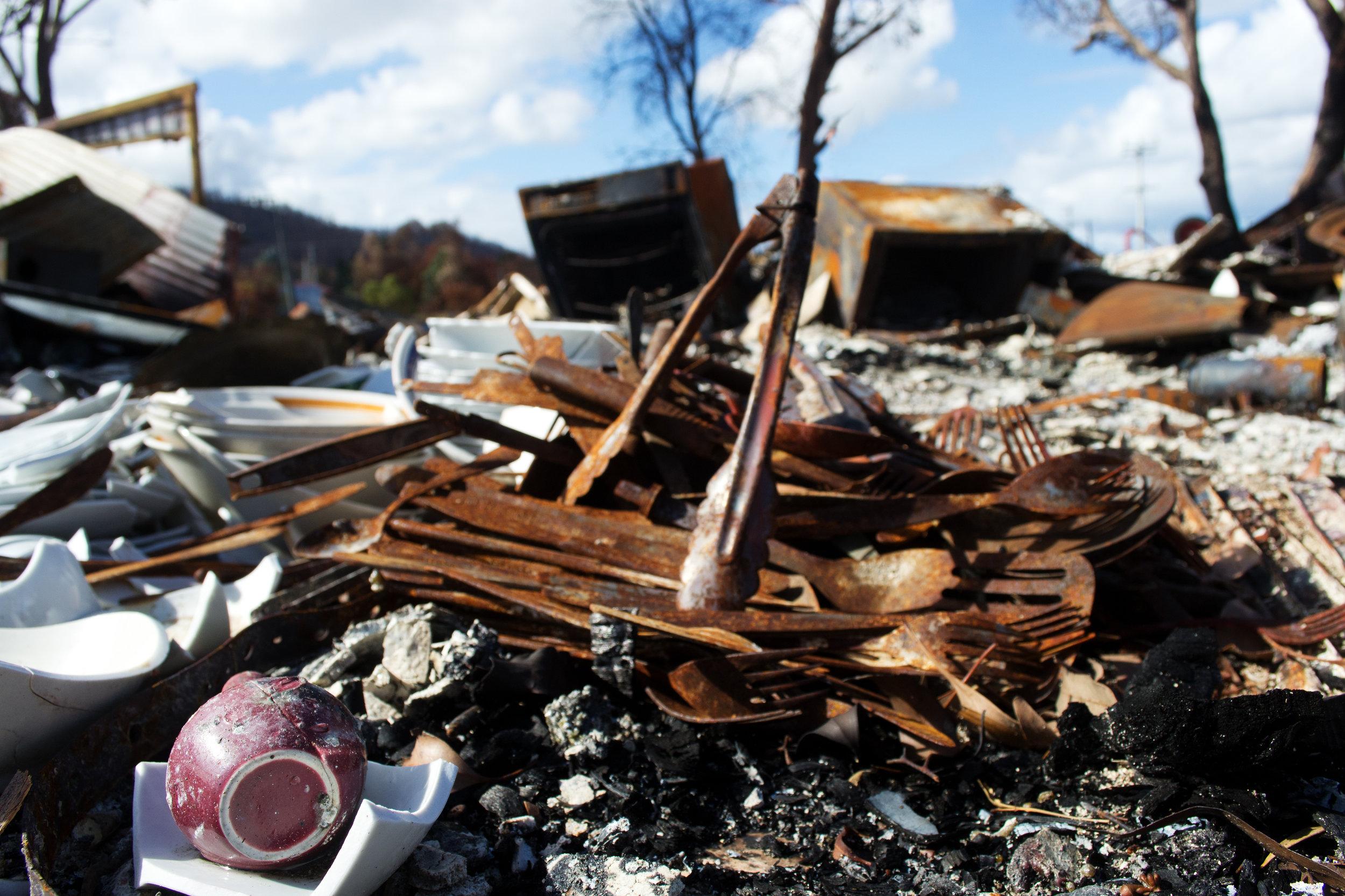 2013-02-28 - Tasmania - Dunalley after the fires - D3100  - DSC_0171.jpg