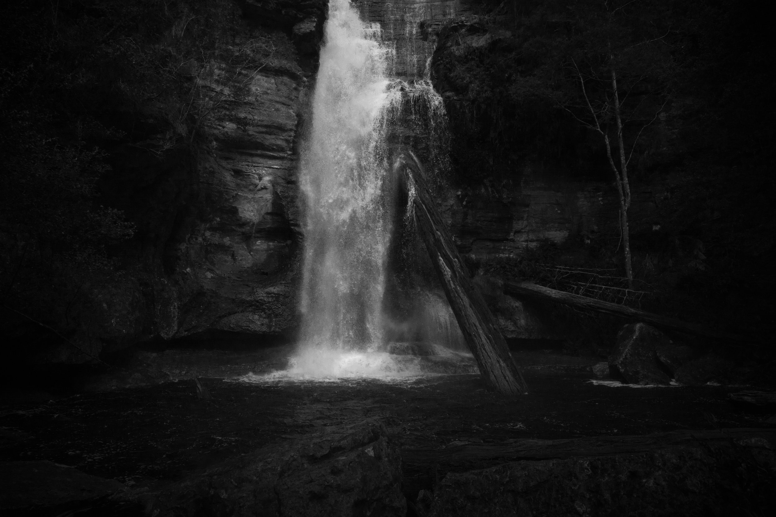 Close up of Snug Falls in monochrome