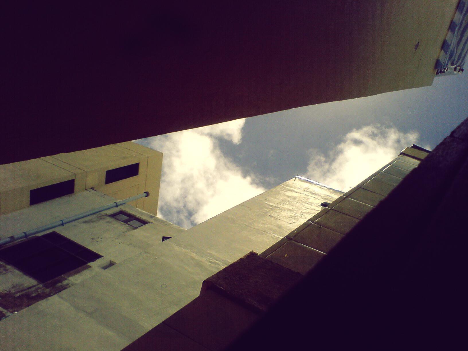 3 - View from my bedroom window - W810i - (2008) DSC01403.jpg