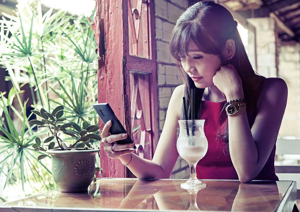 girl-vietnam-1691593_960_720.jpg