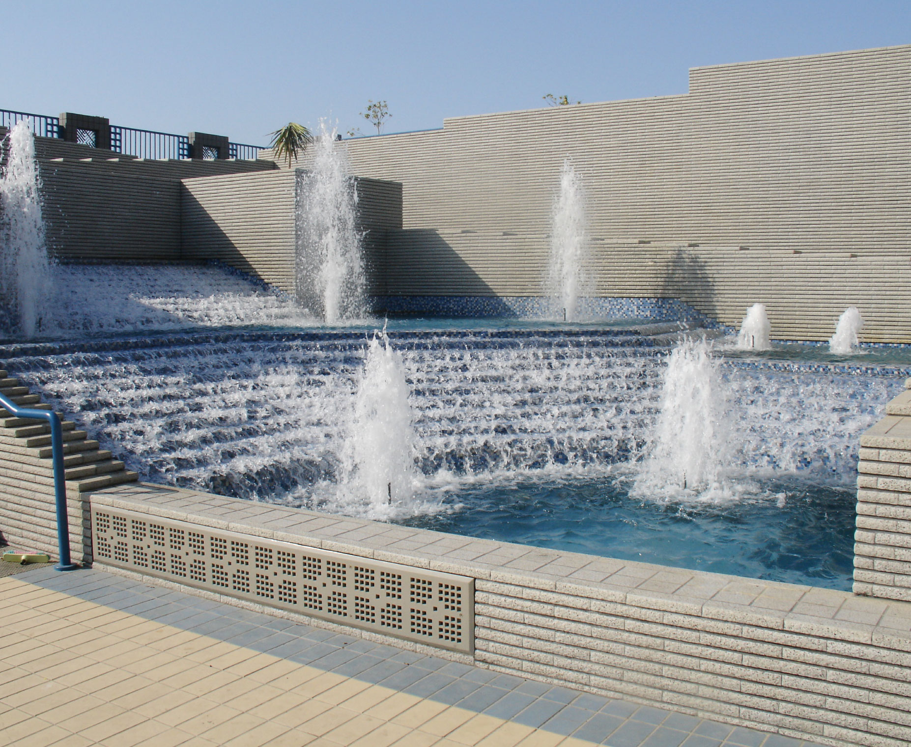 Water Feature-01.jpg