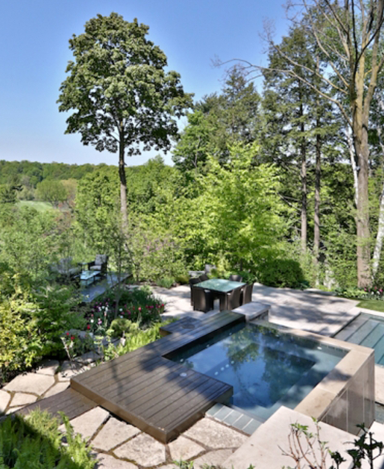 ARTIST RESIDENCE    Contemporary Accents/ Pool & Jacuzzi / Water Feature   North York, ON, Canada