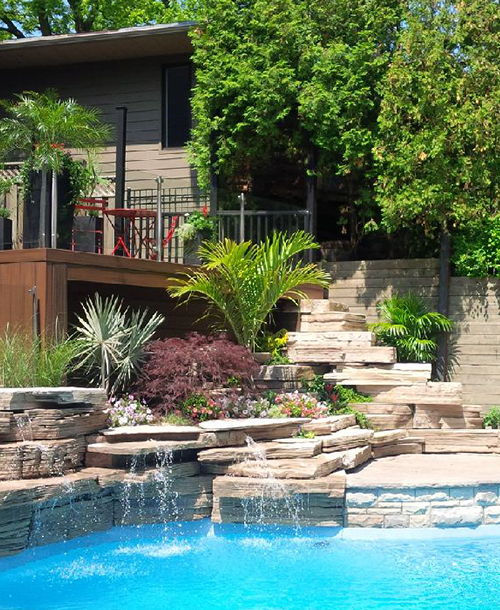 LAKEVIEW HOUSE    Waterfall Feature / Pool & Jacuzzi / Terrace / Firepit / Landscape  Scarborough, ON, Canada