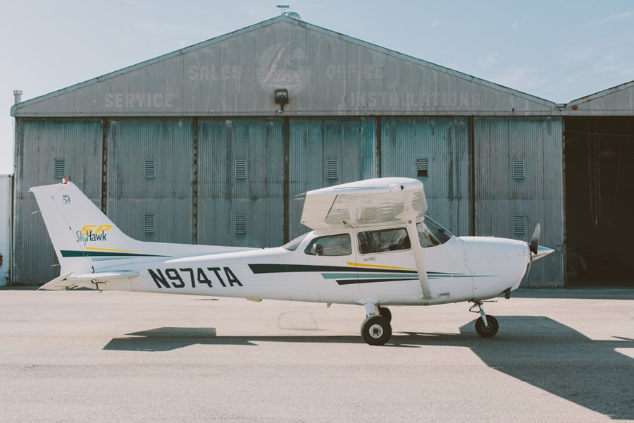 california-cesna-airplane-002.JPG
