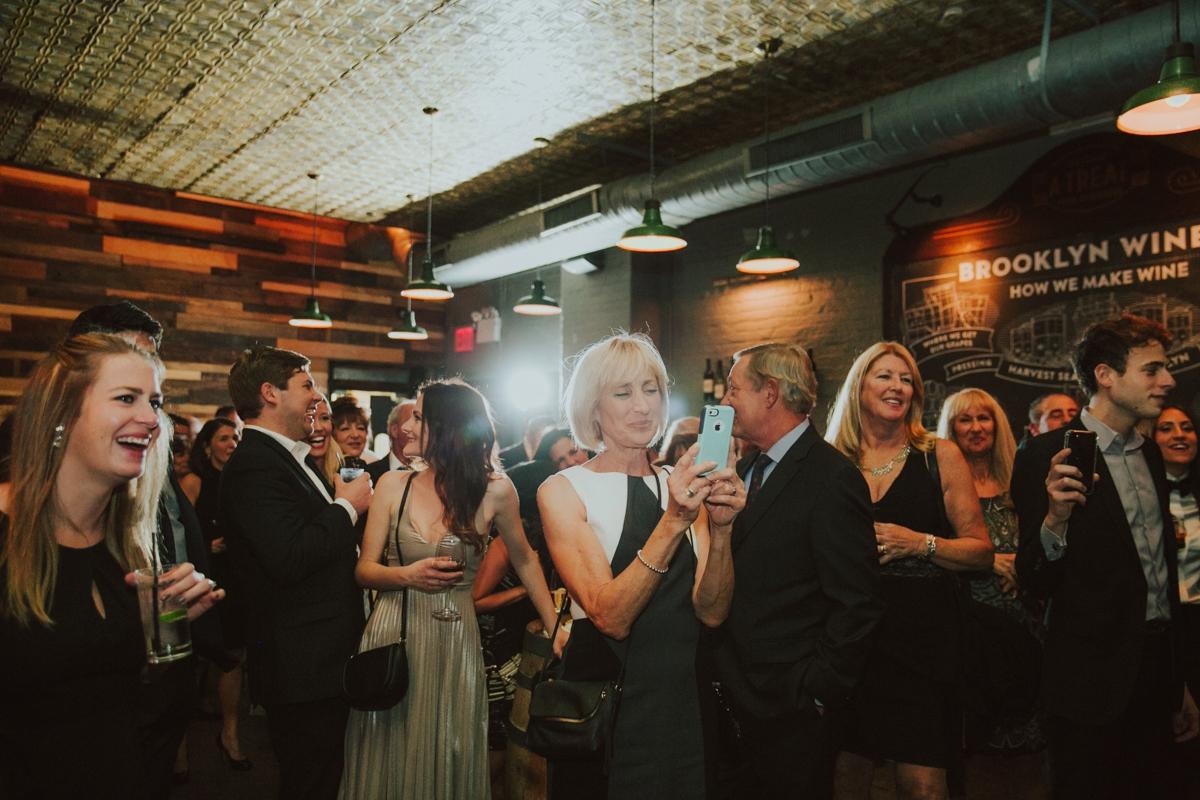 brooklyn-winery-wedding-ambergress-053.JPG