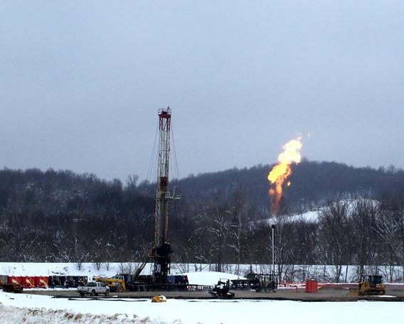 fracking-causes-air-pollution.jpg