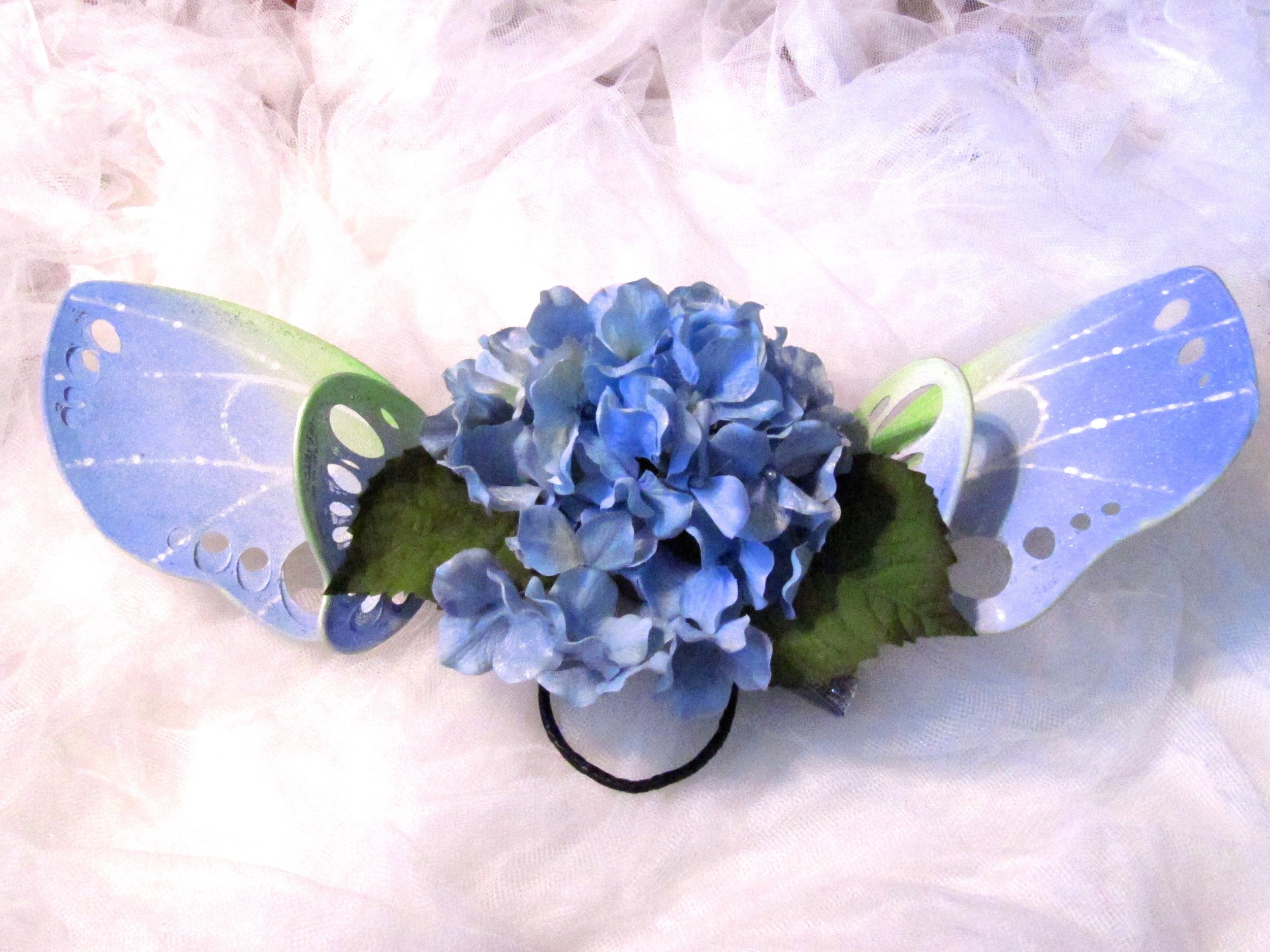 itty-bitty-blue-costume-fairy-wings-giveaway4.jpg