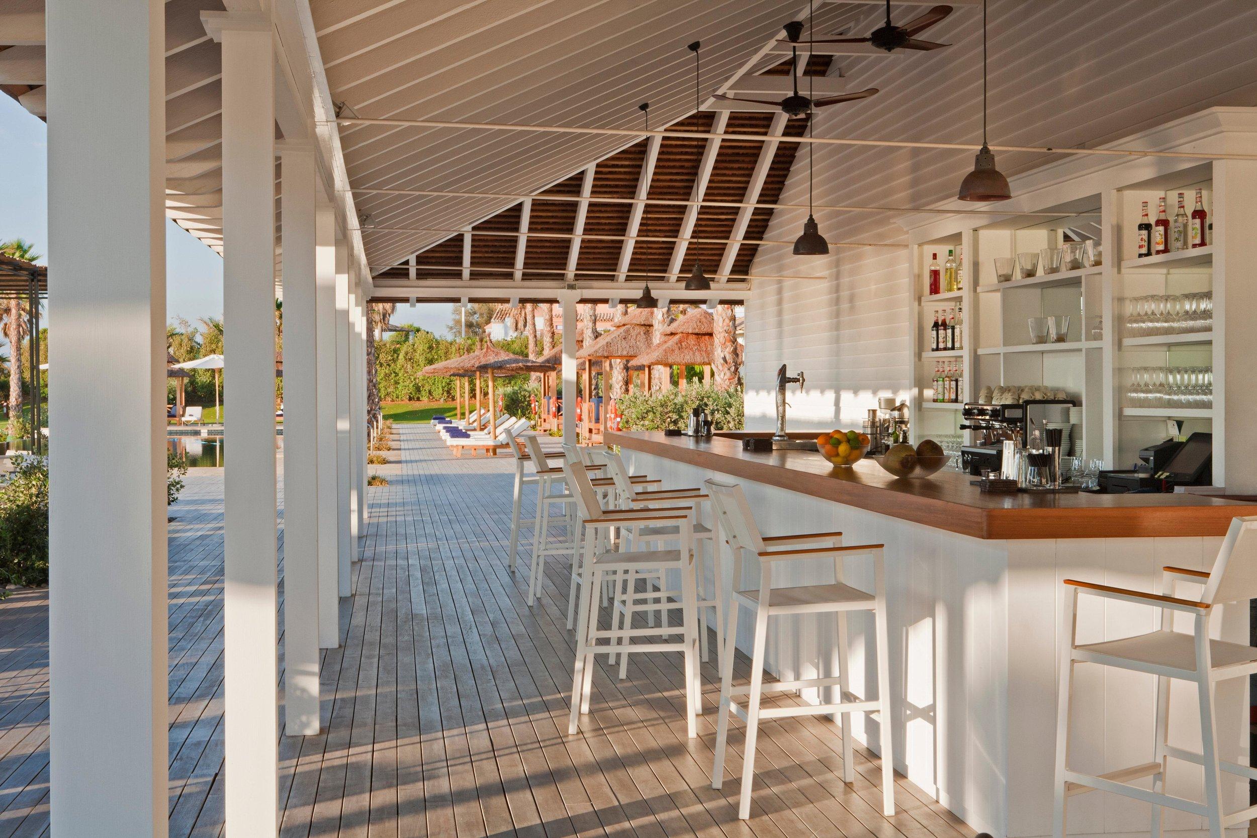 Beach Club Bar 1.jpg