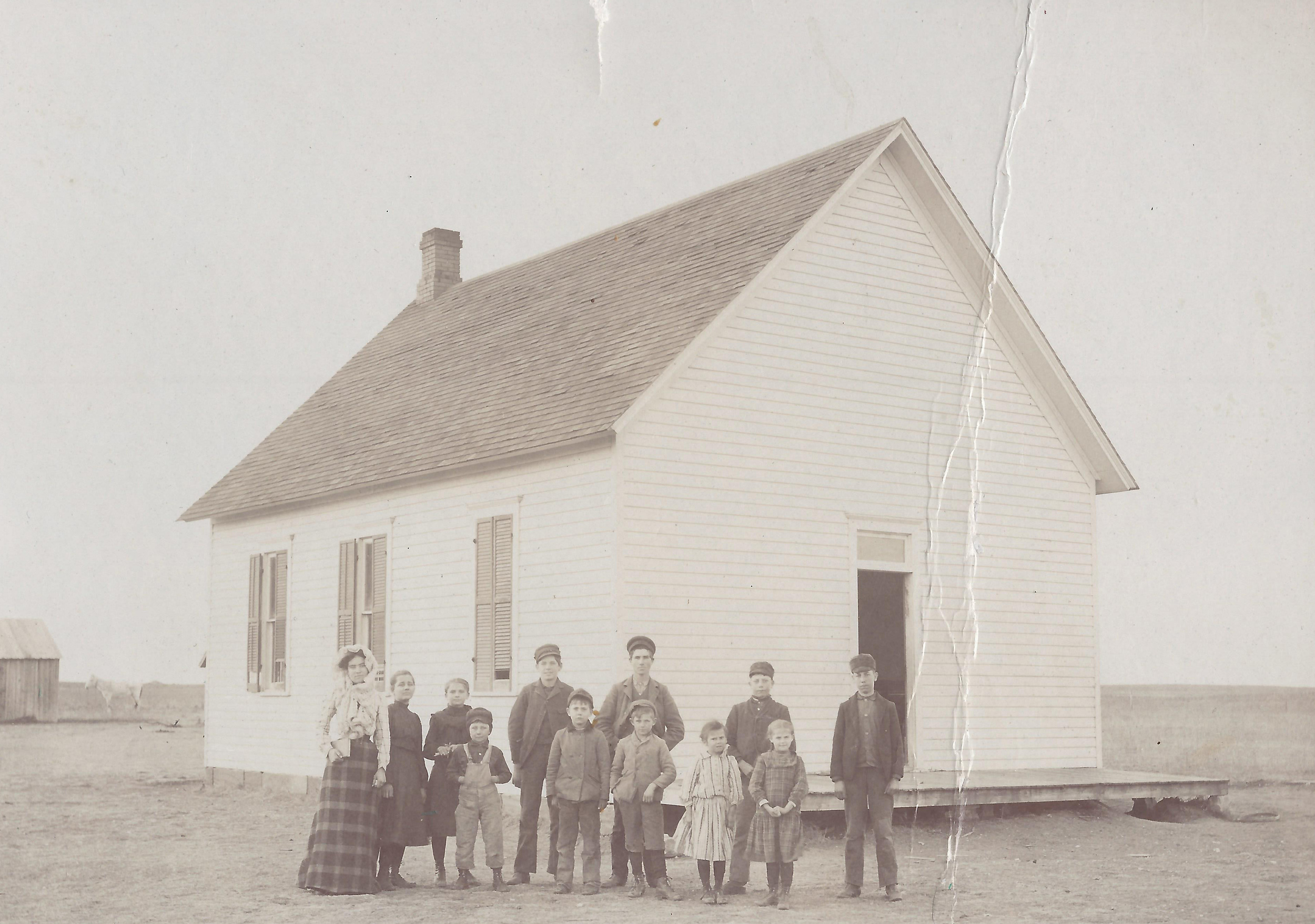 Santa Fe School - Teacher and pupils