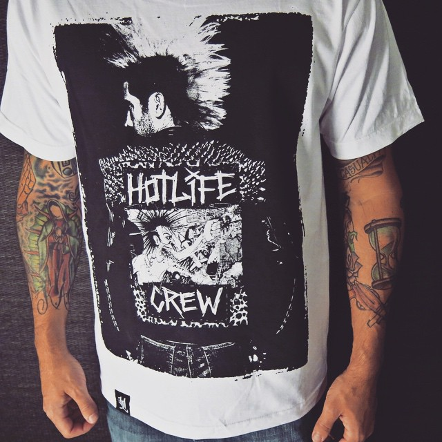 "The HL ""Streetpunk"" T. One of the coolest photo shirts to date. We still have some sizes at: LIVINGTHEHOTLIFE.COM ⚡️ #HOTLIFE #independent #florida #clothingbrand #brand #punk #streetwear #streetart #fashion #style #bands #designer #HOTLIFECREW #photography"