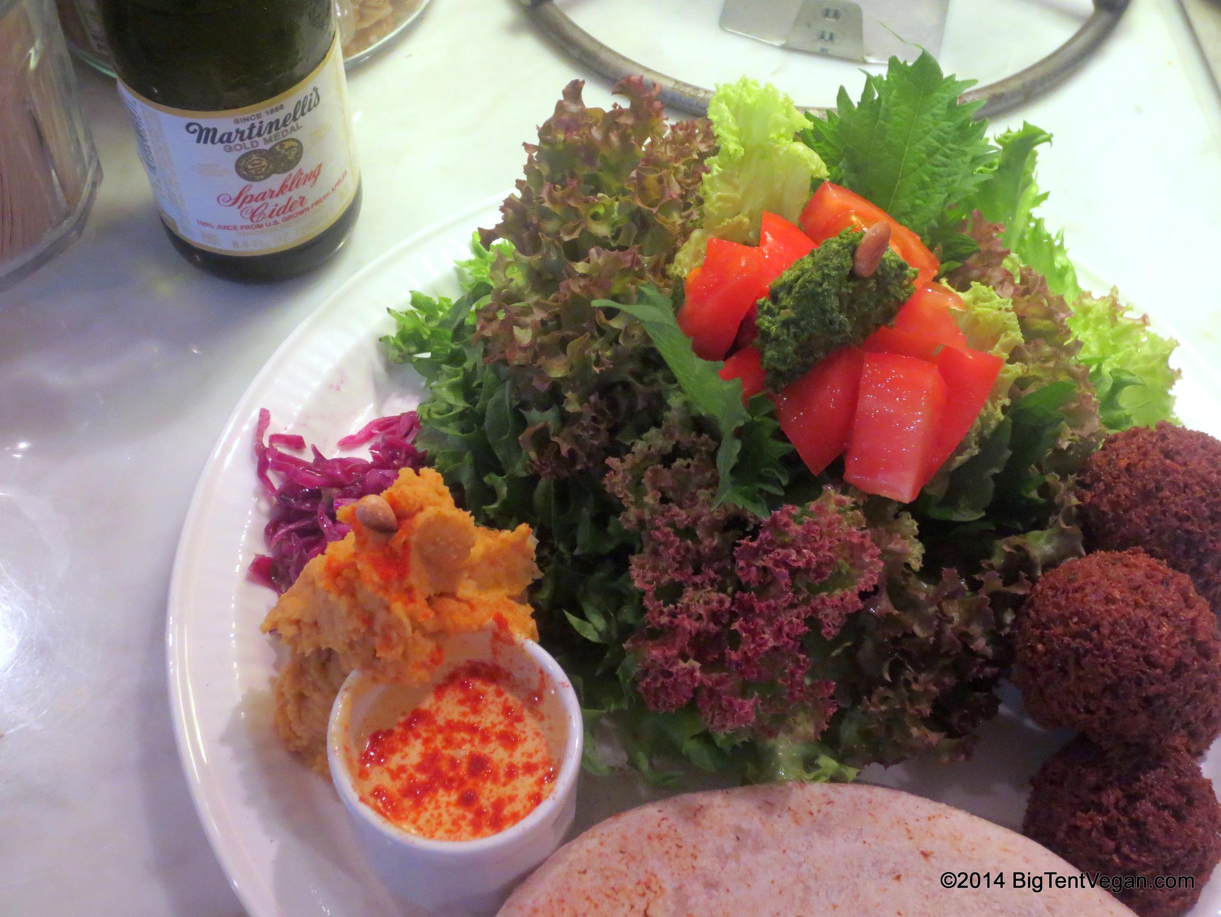 Falafel Plate at 100% vegan Kuumba du Falafel in Tokyo, Japan