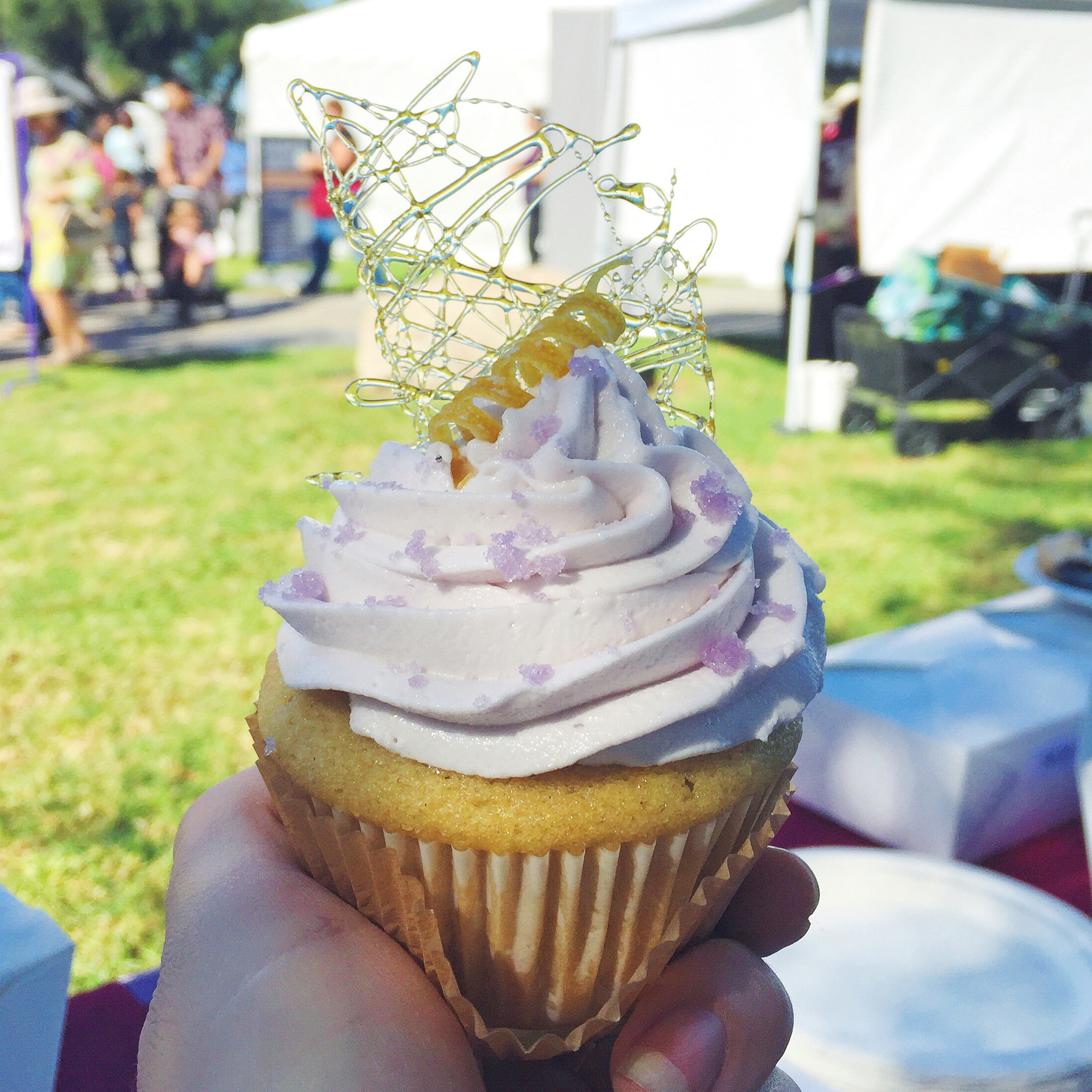 Lemon Lavender Cupcake with Lavender Sugar Crystals by Jara Fonseca, 1st Place & BEST OF SHOW, 2015 SoCal VegFest Vegan Cupcake Competition (Costa Mesa, CA, USA). Photo Credit: Jackie Sobon of  Vegan Yack Attack.