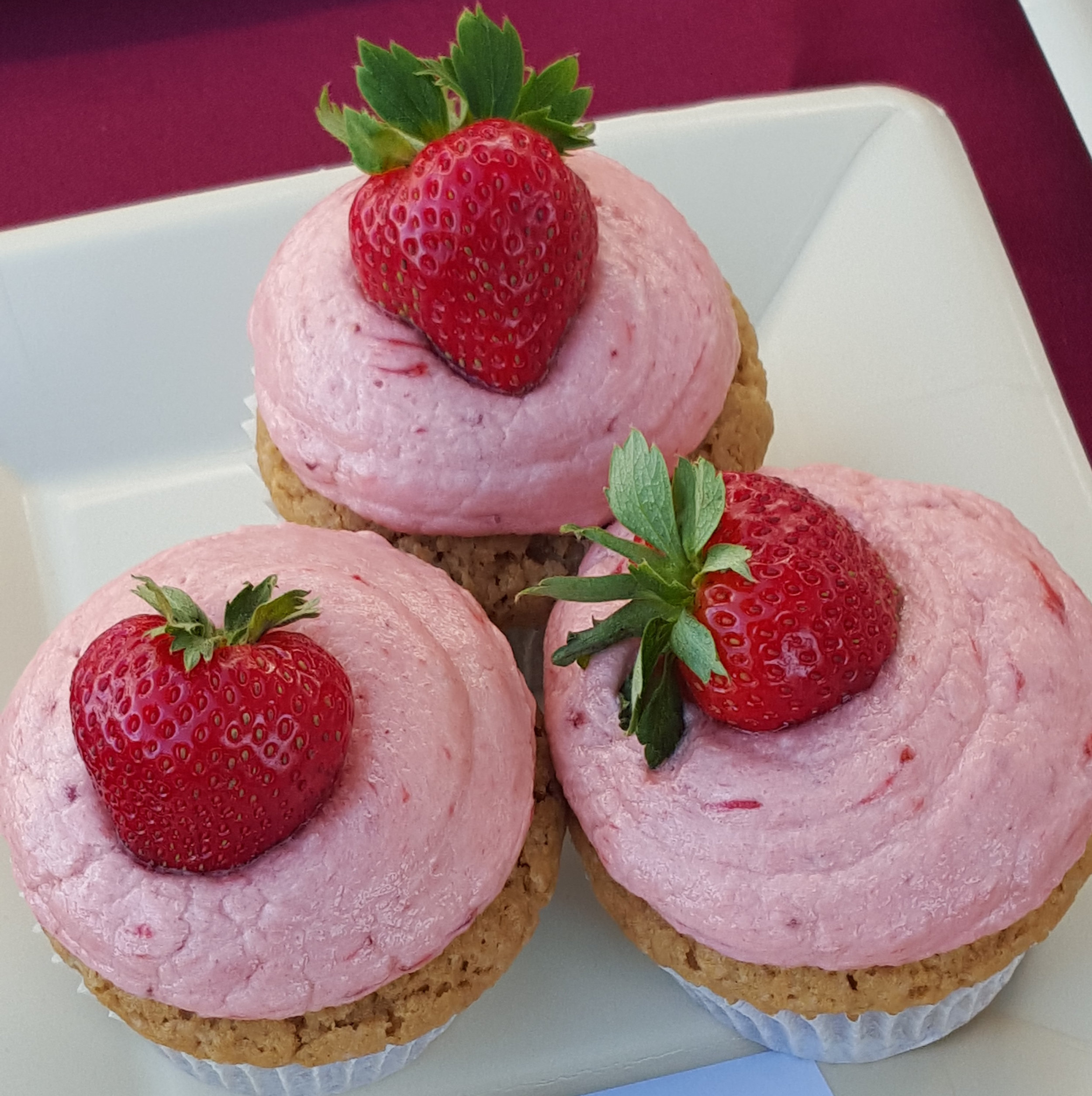 2nd PLACE: KIMBERLY JAMRON     COOKIE BUTTER CUPCAKES WITH STRAWBERRY FROSTING