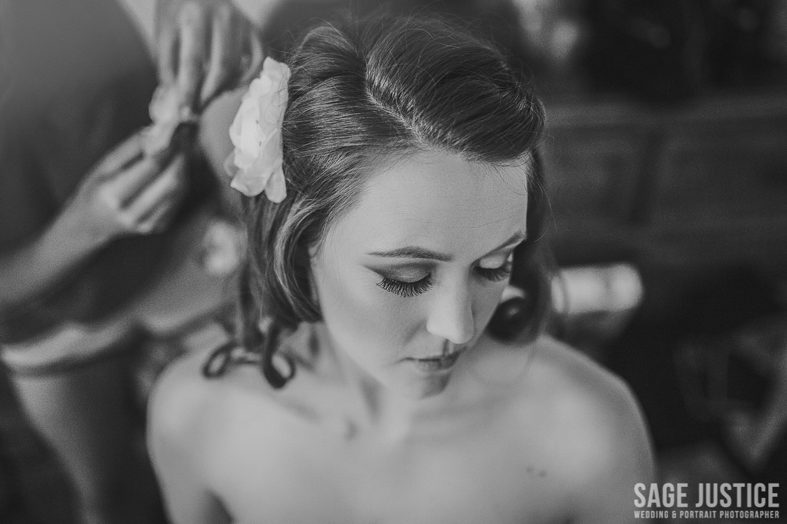 16 Gorgeous Bride Getting Ready black and white.jpg