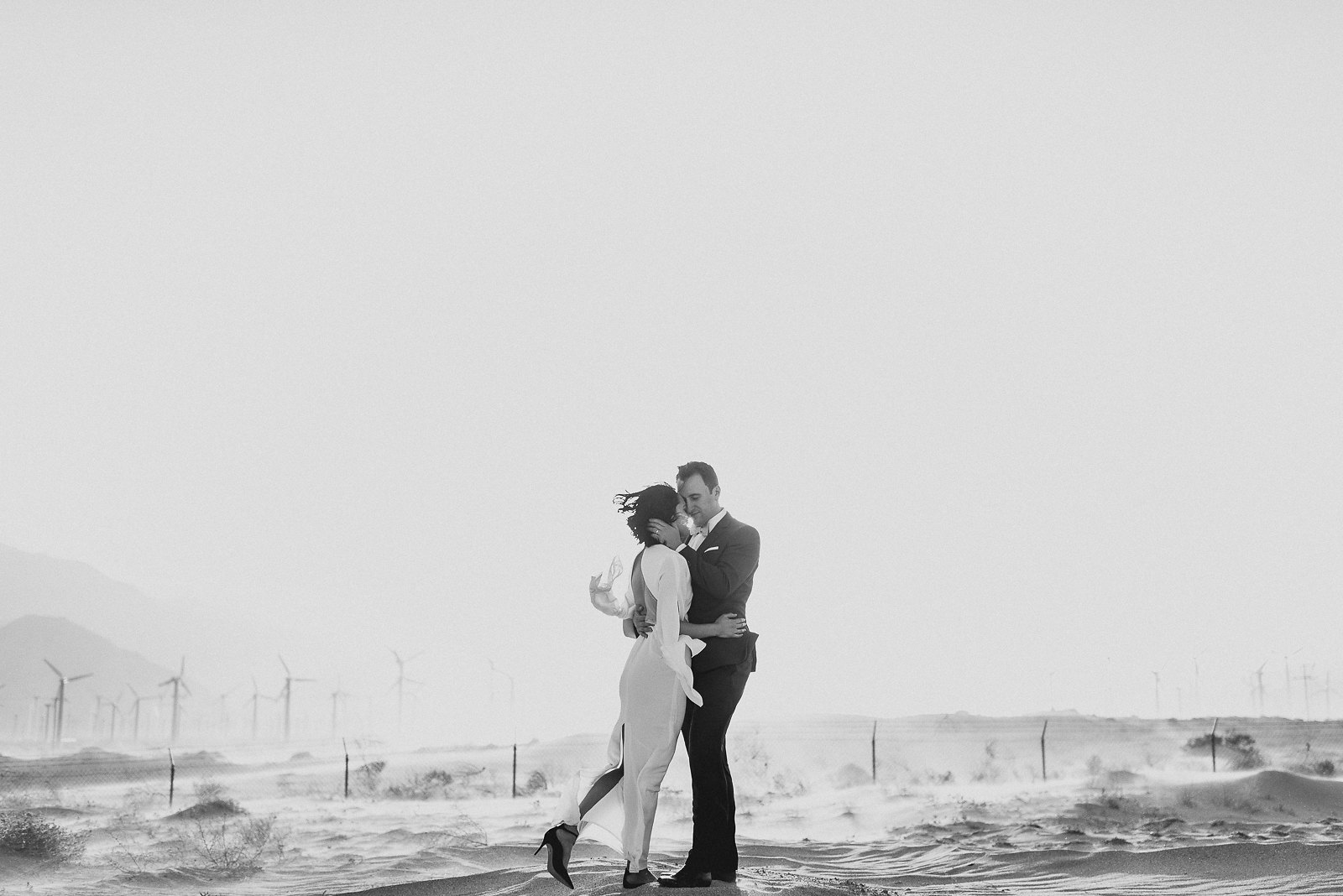 wedding-photos-palm-springs-windmills