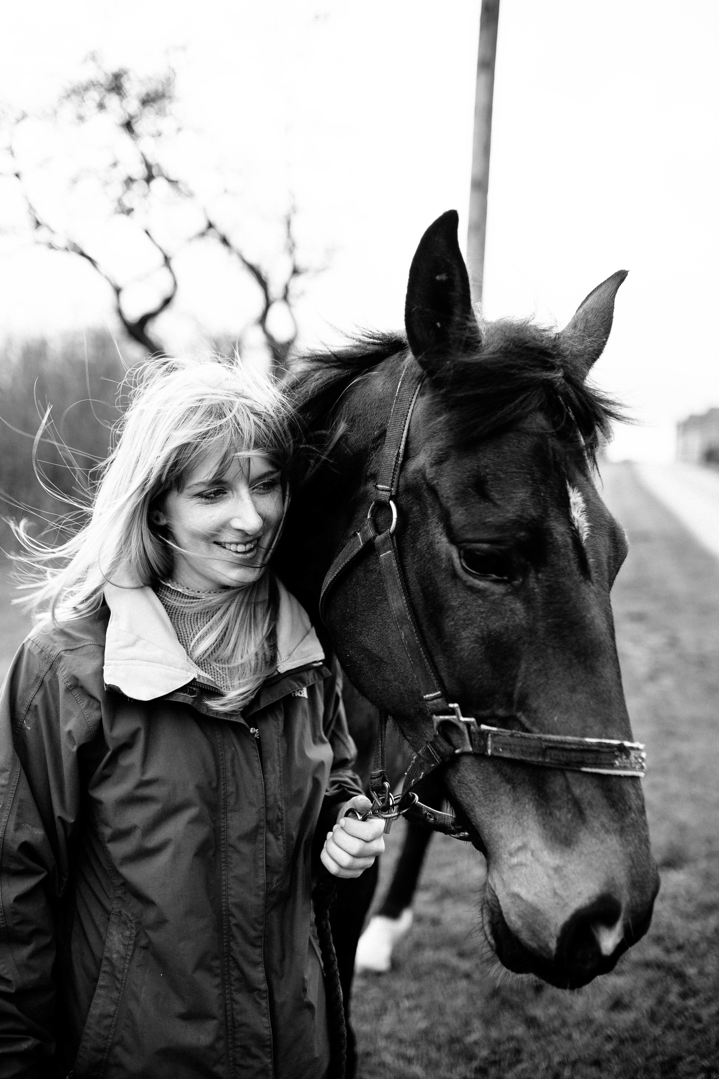 HORSE FARM FAMILY DOG PHOTOSHOOT 00004.JPG