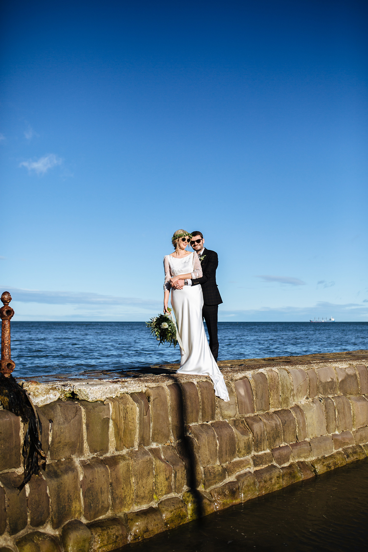 NEWCASTLE BEACH PUB WEDDING 024.jpg