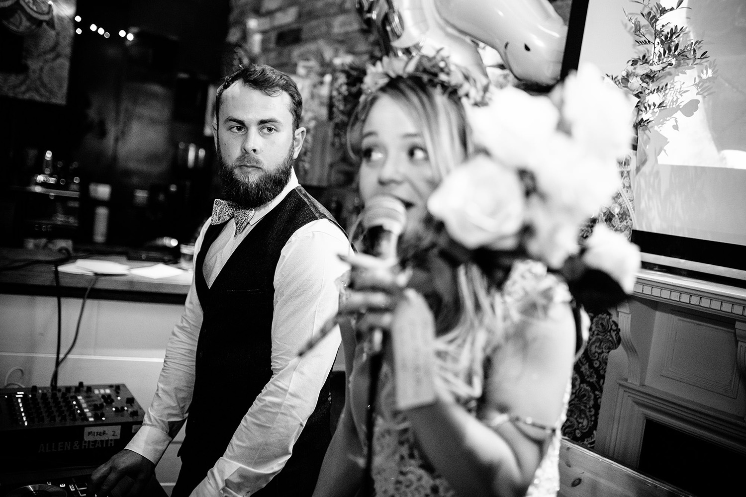 LAING ART GALLERY NEWCASTLE WEDDING PHOTOGRAPHY 191.JPG