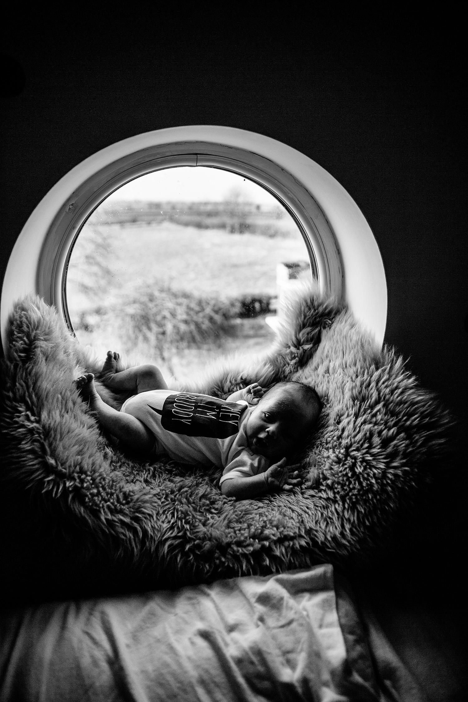 FAMILY FARM NEWBORN PHOTOGRAPHY 03.JPG