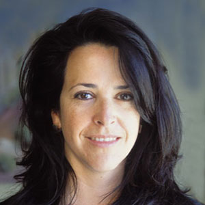 Ellen Luttrell   http://www.linkedin.com/in/ellenluttrell