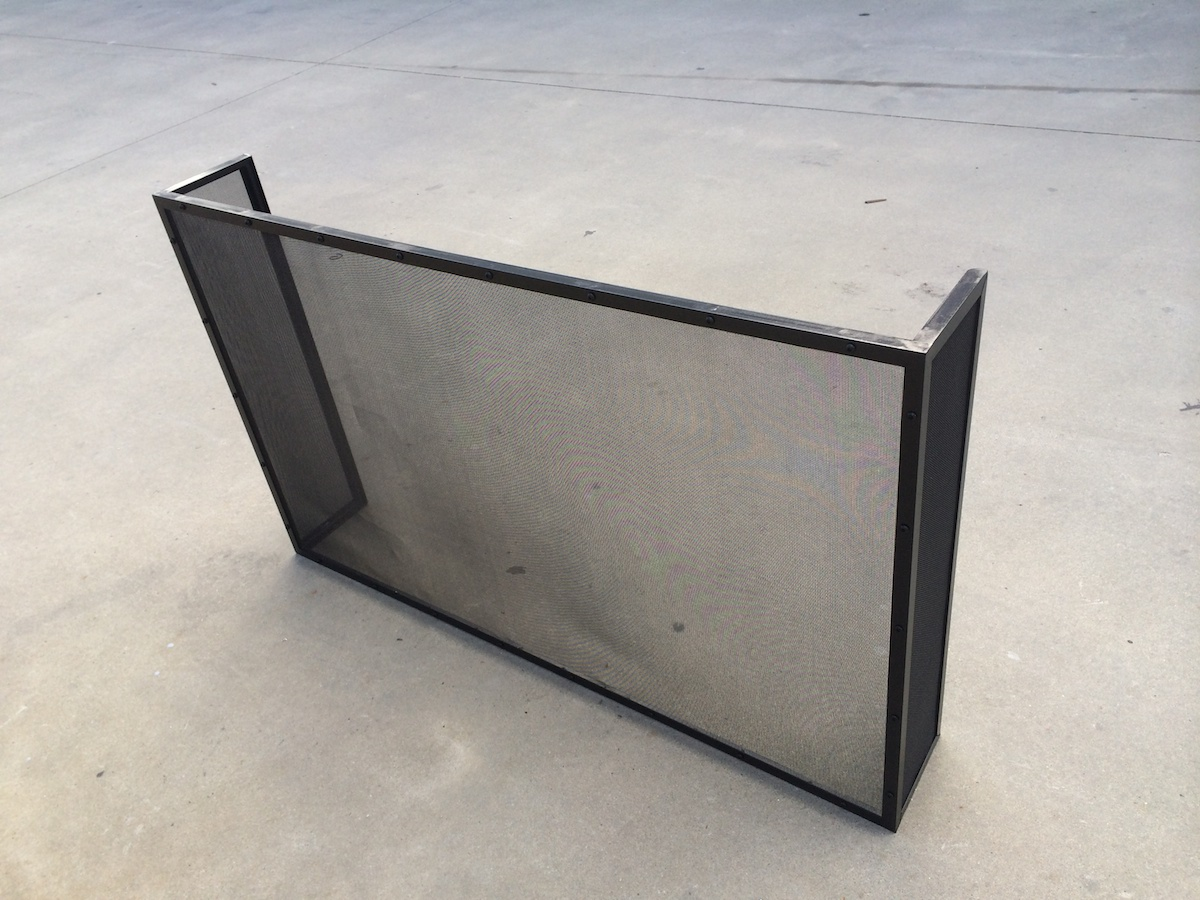 Fire screen and grates3.JPG