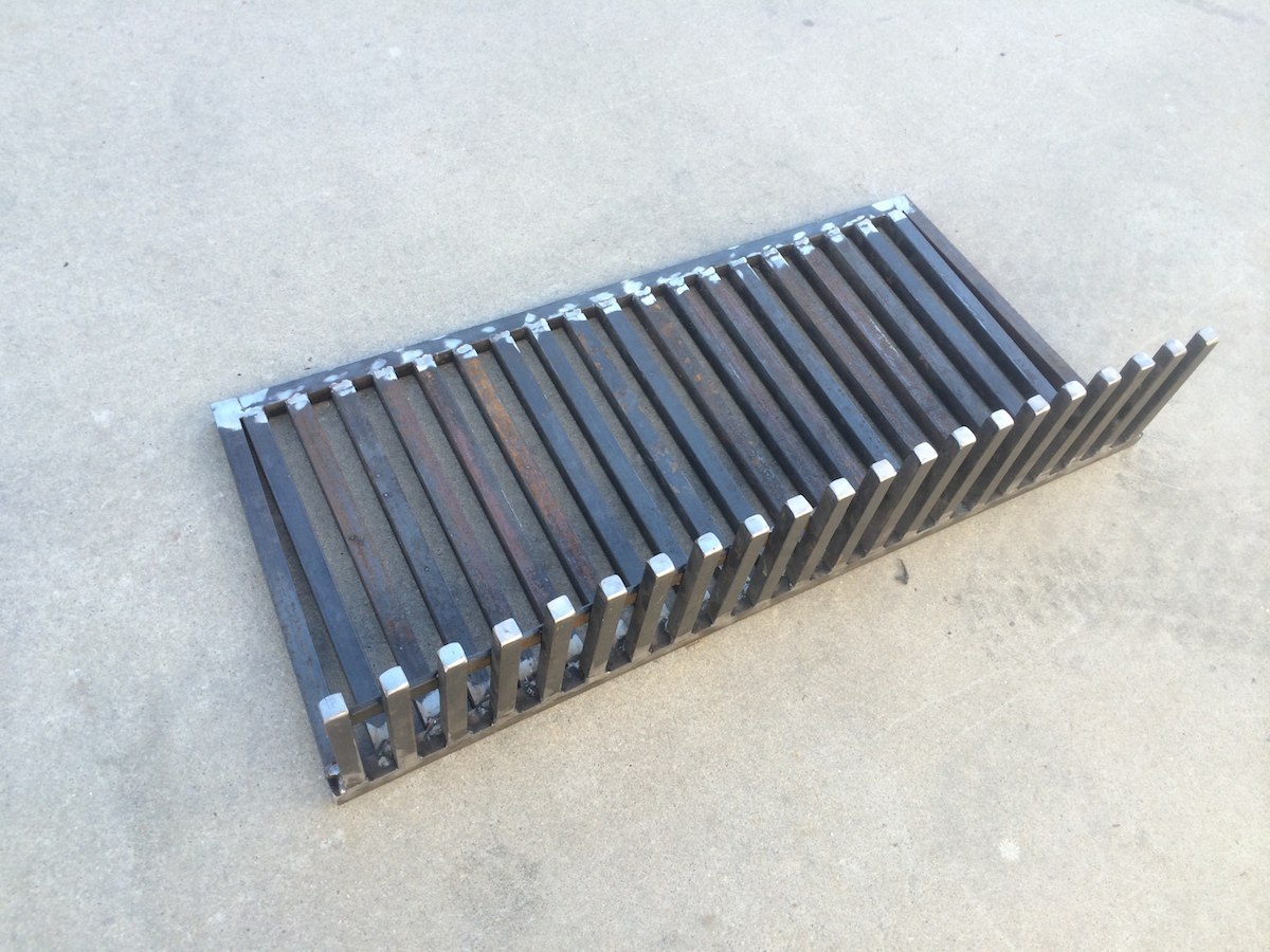 Fire screen and grates4.JPG