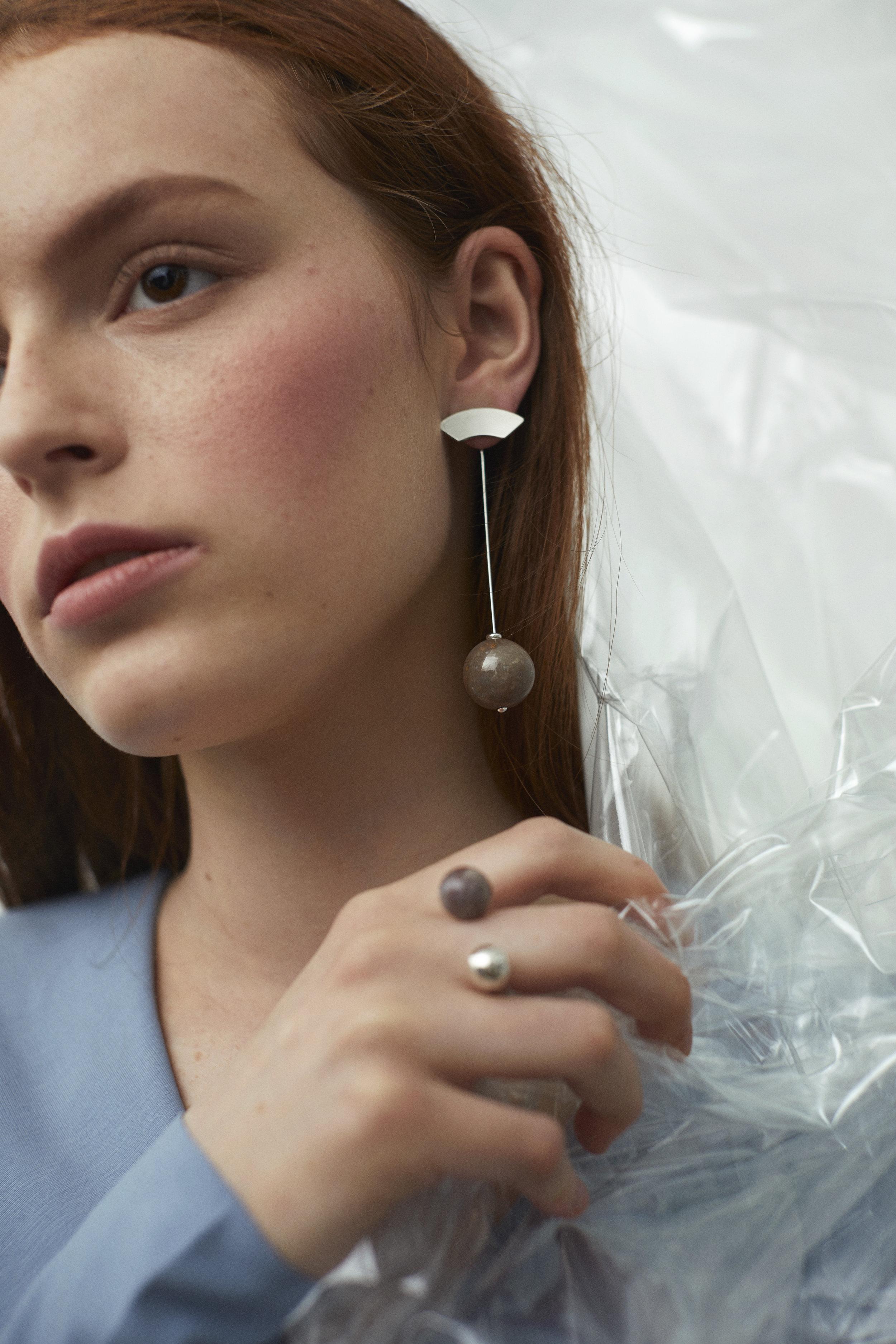 ▲ FERMATA earring set, ARPEGGIO I open ring