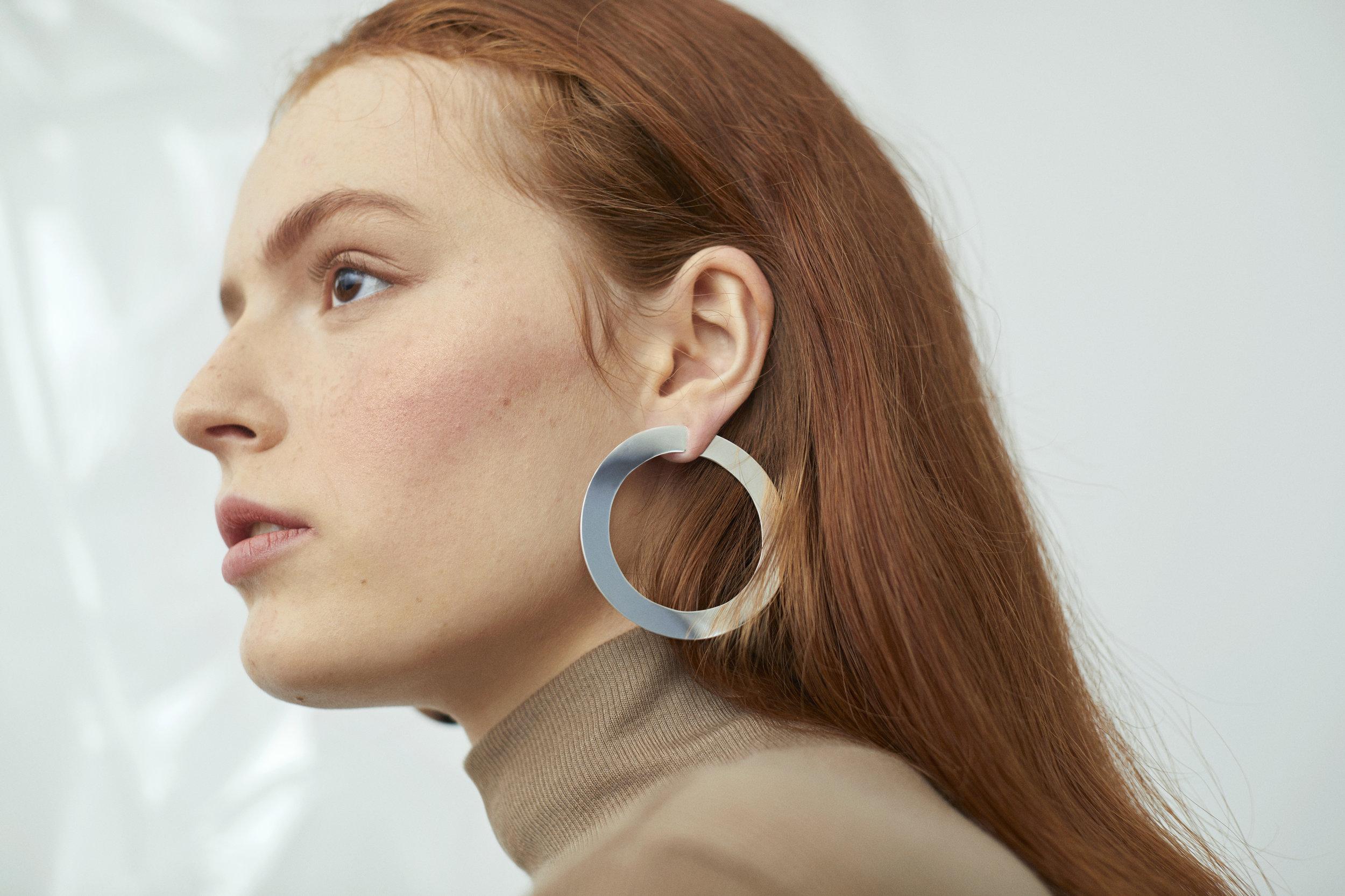 ▲ OCTAVE earrings