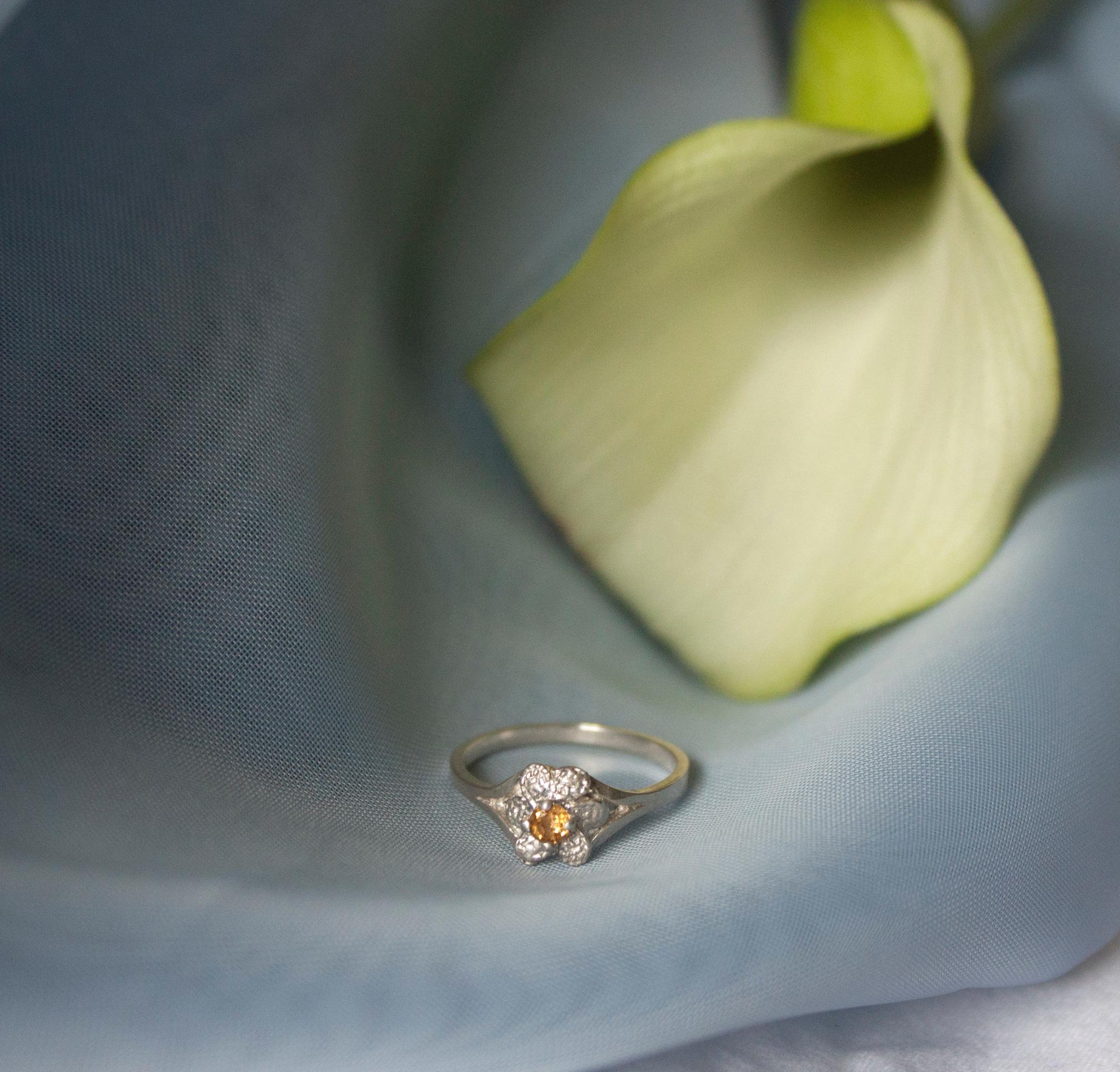 ▲ Fleur Ring