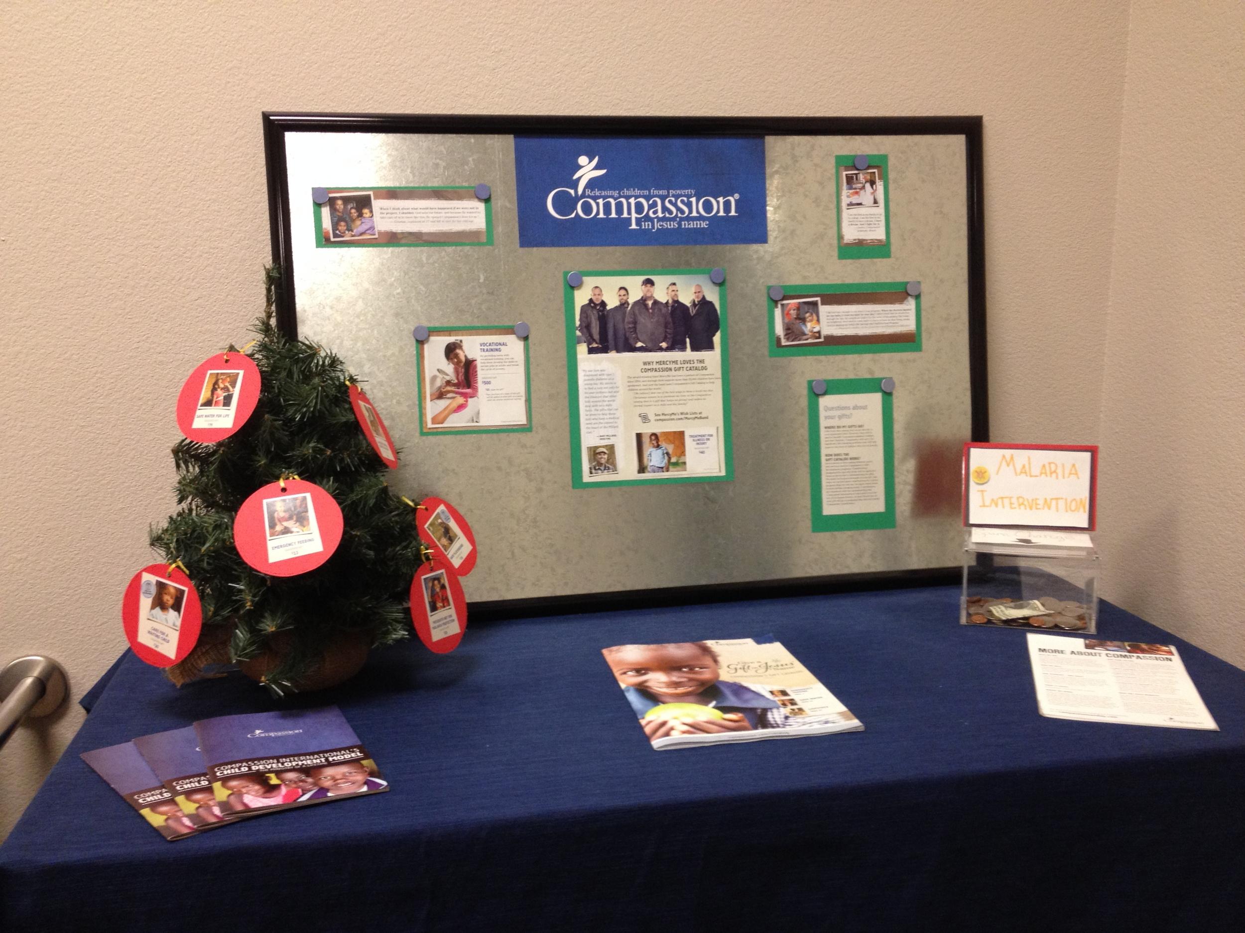 compassion-christmas-display