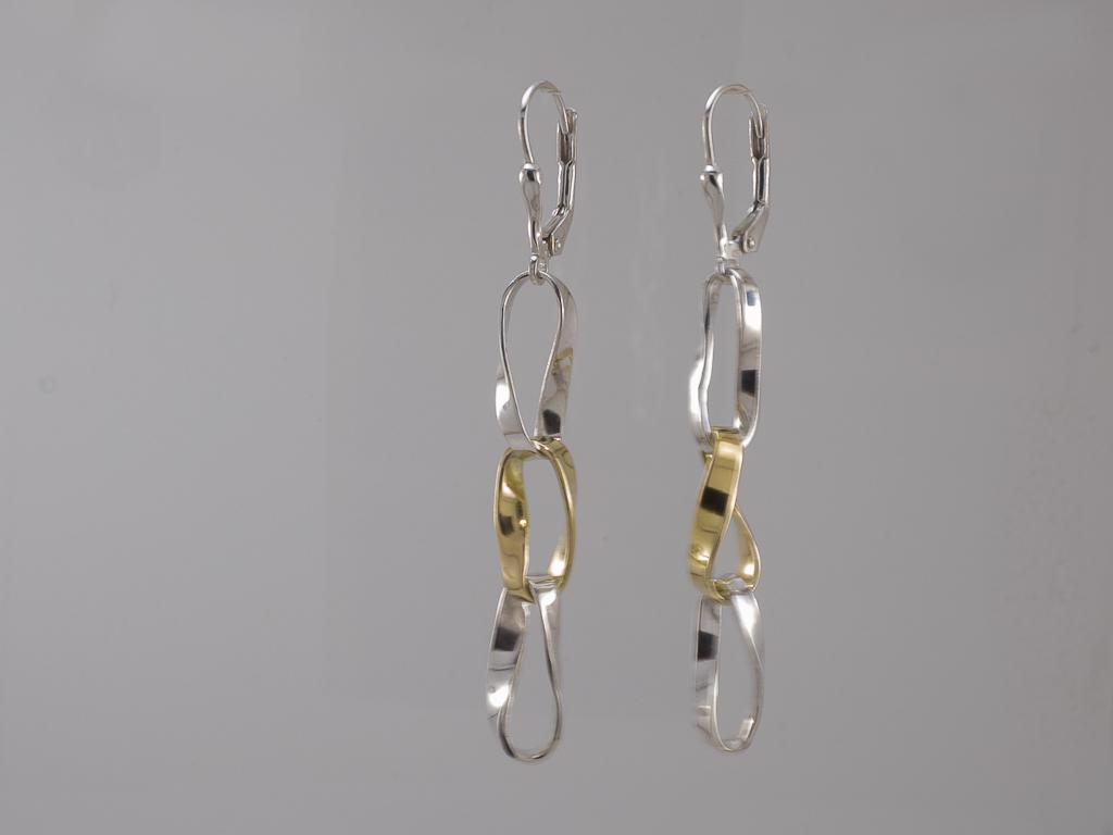 Moebius earrings, s/silver & 18ct, Bernard Skahill